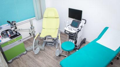 Behandlungsraum der Frauenarztpraxis